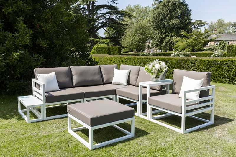 Garden furniture scotland brings you quality garden and for Outdoor living patio furniture