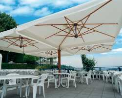 Wood Poker Cantilever Parasol