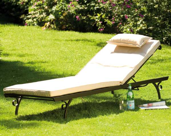 Provence Sunlounger